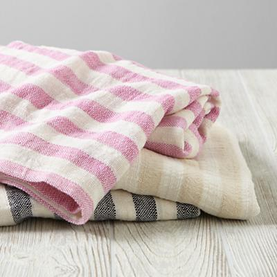 Bedding_Blanket_Bamboo_Stack
