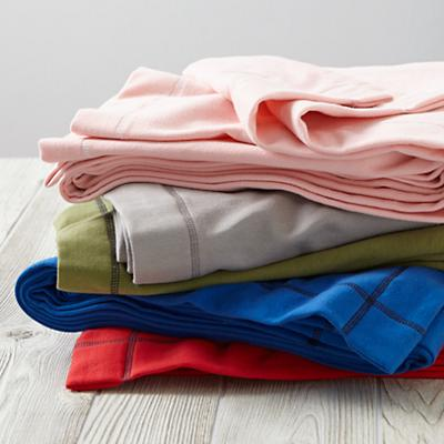 Bedding_Blanket_Sweatshirt_Stack