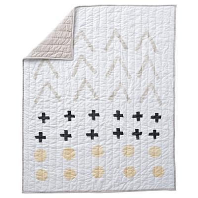 Bedding_CR_Freehand_Quilt_WH_LL