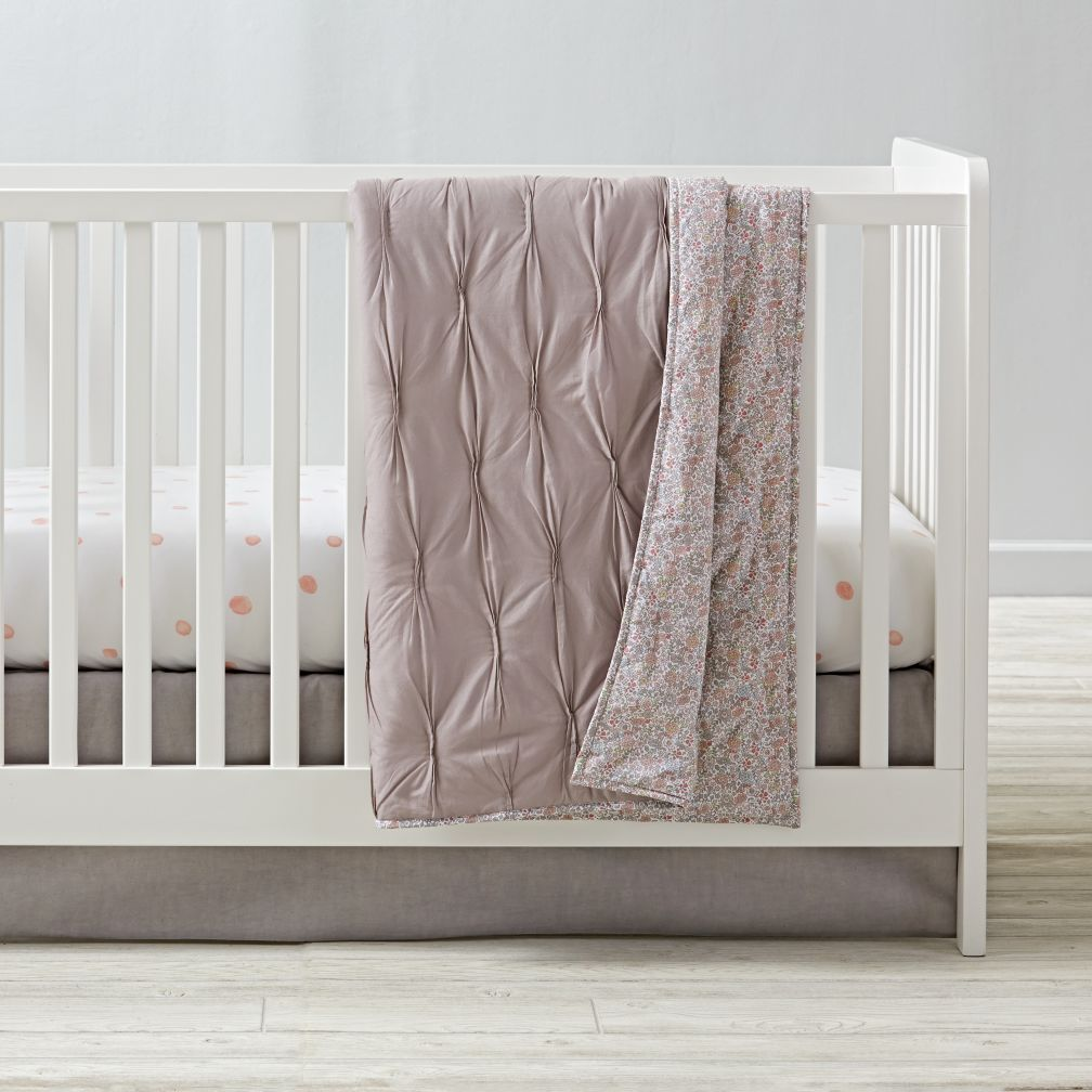 Modern Chic Crib Bedding (Grey)