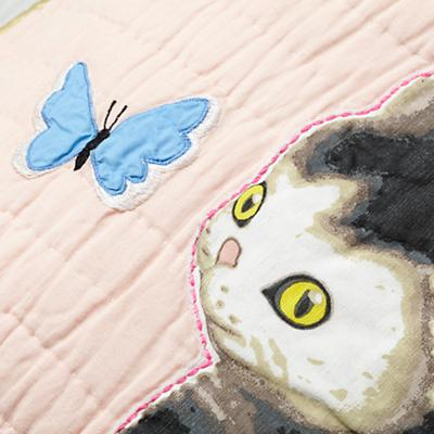 Bedding_CR_Shy_Kitten_Group_Detail_v5