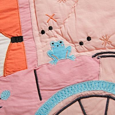 Bedding_CR_TE_Far_Far_Away_Details_V3