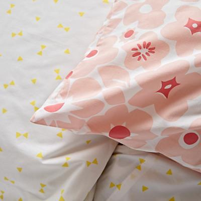 Bedding_Go_Lightly_Details_V19