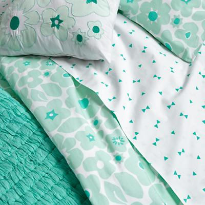 Bedding_Go_Lightly_MI_Details_V2