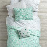 Go Lightly Bedding (Mint)