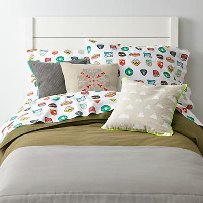 Honors Bedding