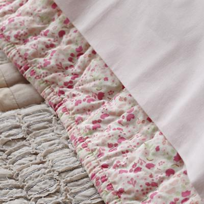Bedding_Let_Down_Details_13