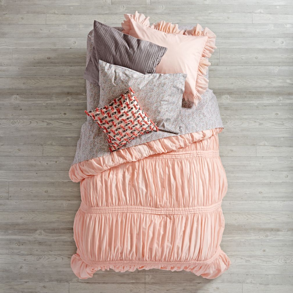modern chic bedding (pink)  the land of nod -