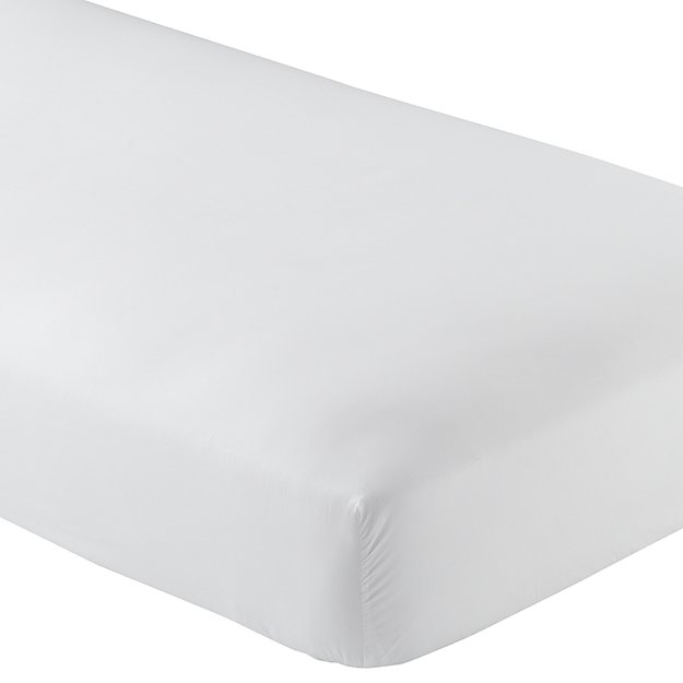 White Fitted Sheet (Queen)