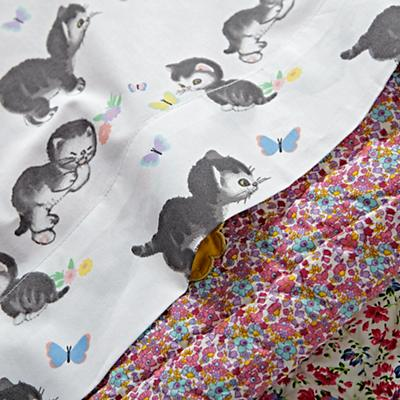 Bedding_TD_Shy_Little_Kitten_WH_Details_V1