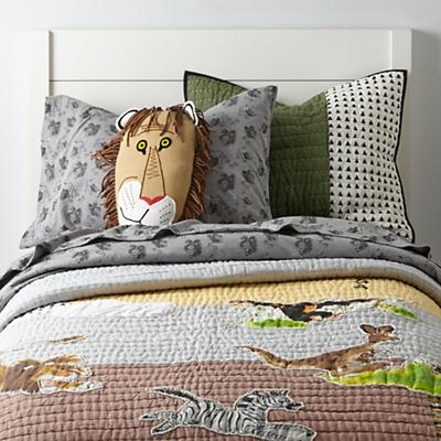Bedding_Tawny_Lion_Group