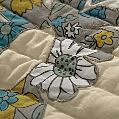 Bedding_Vintage_Camp_Details_V9