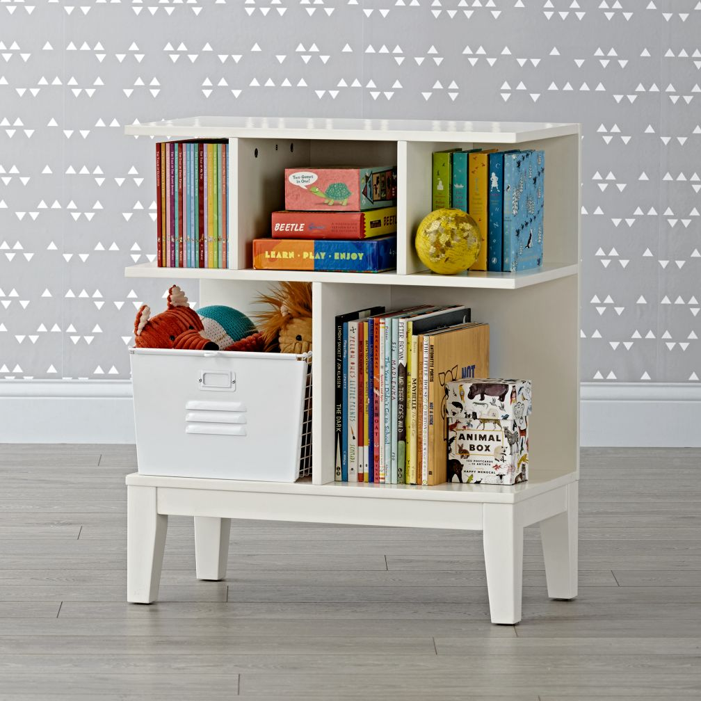 sprout small white bookcase the land of nod. Black Bedroom Furniture Sets. Home Design Ideas