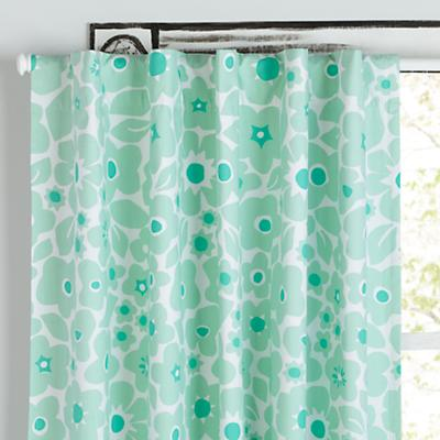 Curtain_Go_Lightly_GR_Floral_V2