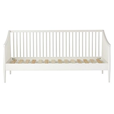 Daybed_Hampshire_Spindle_White_Silo_v1
