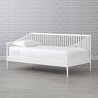 Daybed_Hampshire_Spindle_White_v1_SQ