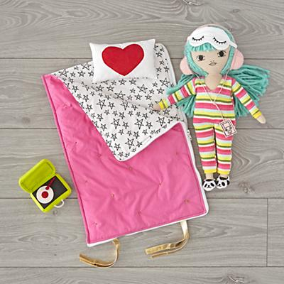 Doll_Friend_Indeed_Charlie_Sleepover_Set_V2