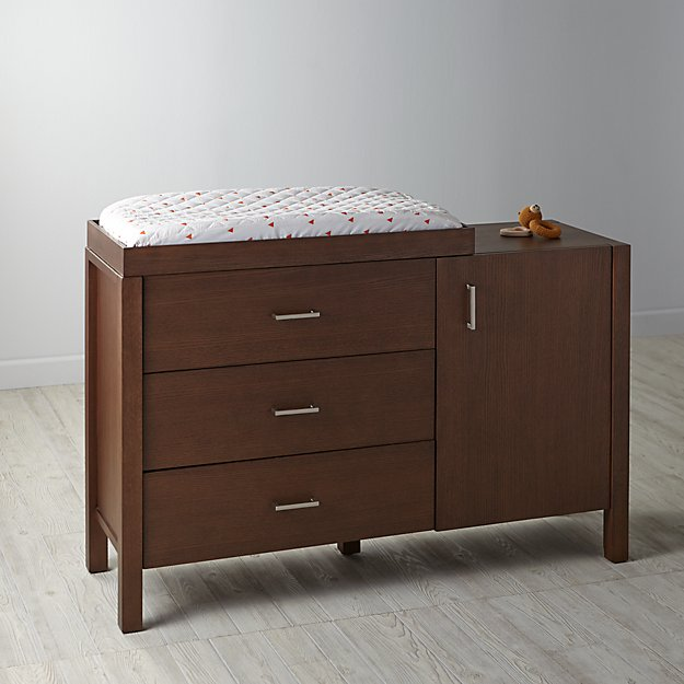 Uptown Wide Changing Table (Brown)