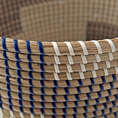 Floor_Basket_Merchant_Dark_Blue_Detail