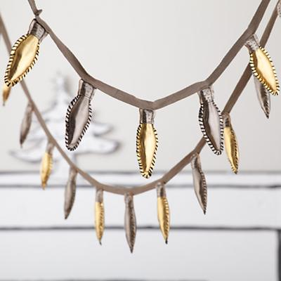 Holiday Lights Garland (Gold and Silver)