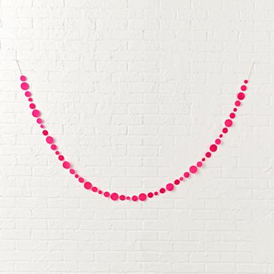 Garland_Shaping_Up_Bright_Pink