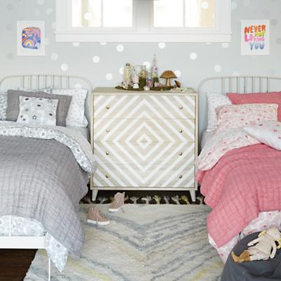 Go_Lightly_Bedding