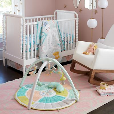 HERO_G2056_SP_11_Nursery_001