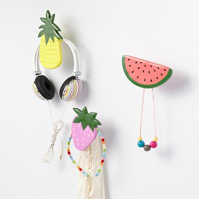 Hook_Fresh_Fruit_Strawberry_Collection