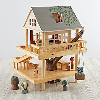 Treehouse Play Set and Camping Buddies