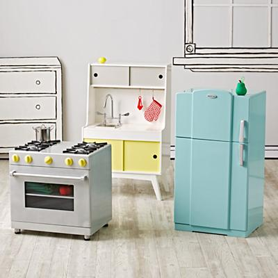 Future Foodie Play Kitchen Set