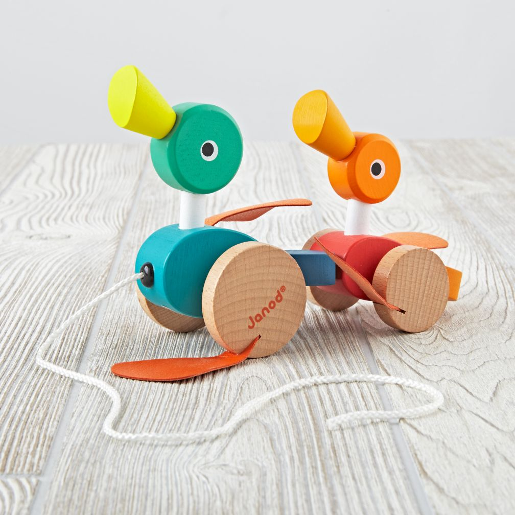 Janod Duck Family Pull Along Toy The Land Of Nod