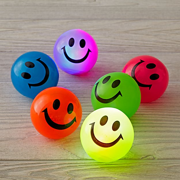 Light Up Happy Ball (Color Varies)