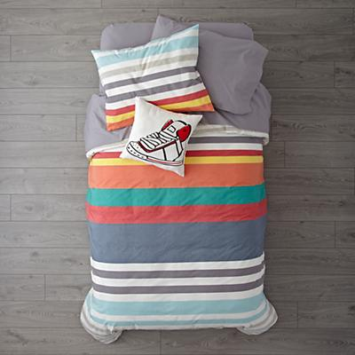 Kids_Bedding_Color_Striped