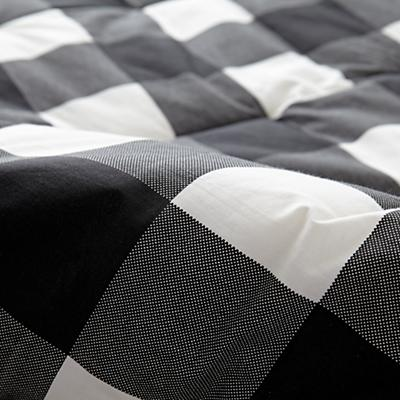 Kids_Bedding_Comforter_Buffalo_Check_Black_Details_v11