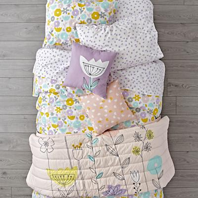 Kids_Bedding_Floral_Suite_LL_v1_spill