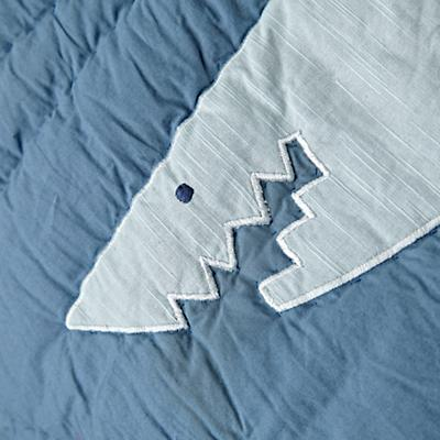 Kids_Bedding_Shark_Bait_Details_V1