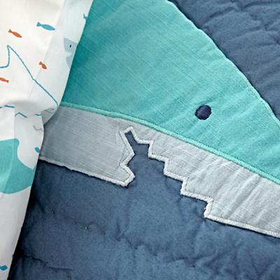 Kids_Bedding_Shark_Bait_Details_V6