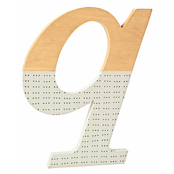 q Pattern Dipped Wall Letter