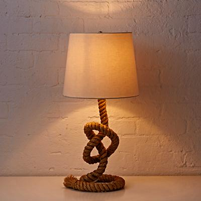 Lighting_Table_Tug_O_Lamp_ON-r