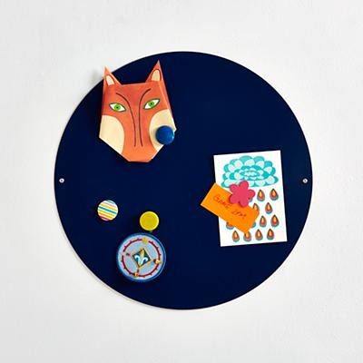 "Perfect Circle 16"" Magnet Board (Dk. Blue)"