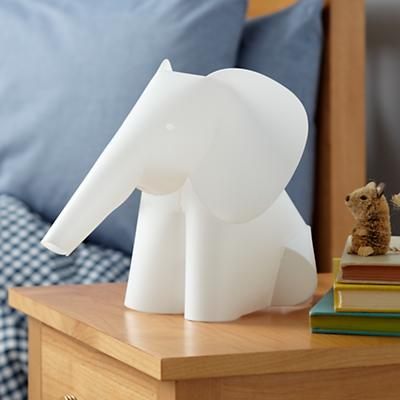 NIghtLight_Elephant_V1_1011
