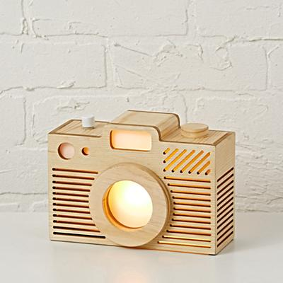 Night_Light_Wooden_Camera_ON