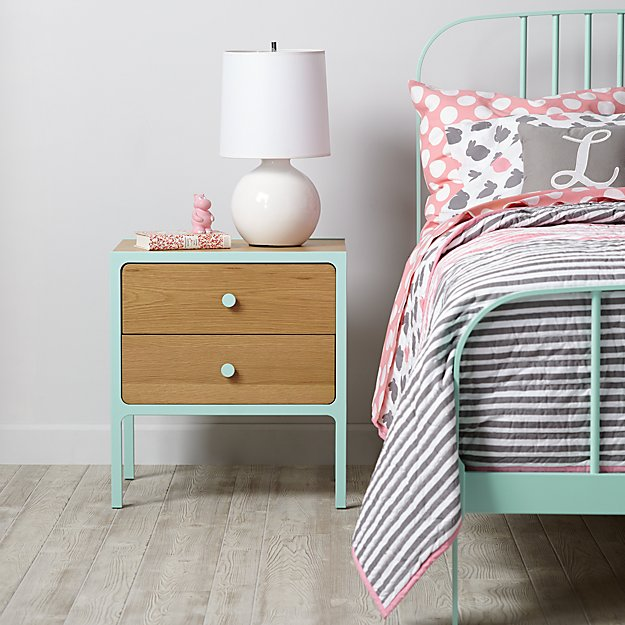 Larkin Nightstand (Mint)