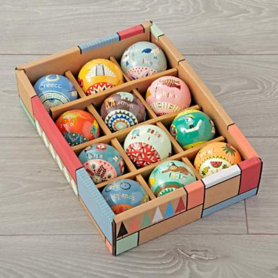 Ornament_Around_The_World_S12_Packaging