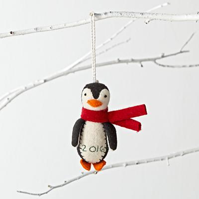 Ornament_Chilly_Penguin_2016