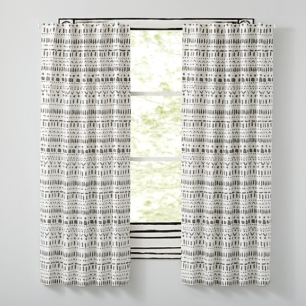 "Organic Wild Excursion Grey 63"" Curtain"