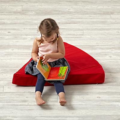 Playhome_Cushion_Geodome_Wedge_RE_v5