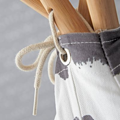 Playhouse_Large_Grey_Abstract_Teepee_Details_V1