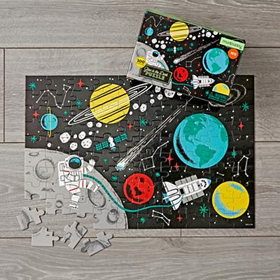 Puzzles_Glow_In_The_Dark_Outer_Space_100_Piece_V1