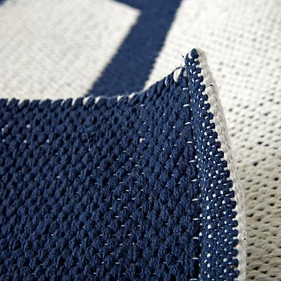 Rug_Arrows_Navy_Details_v10